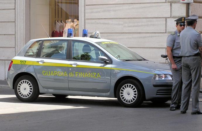 guardiadifinanza-690x450 'Ndrangheta, sequestro di 400mila euro