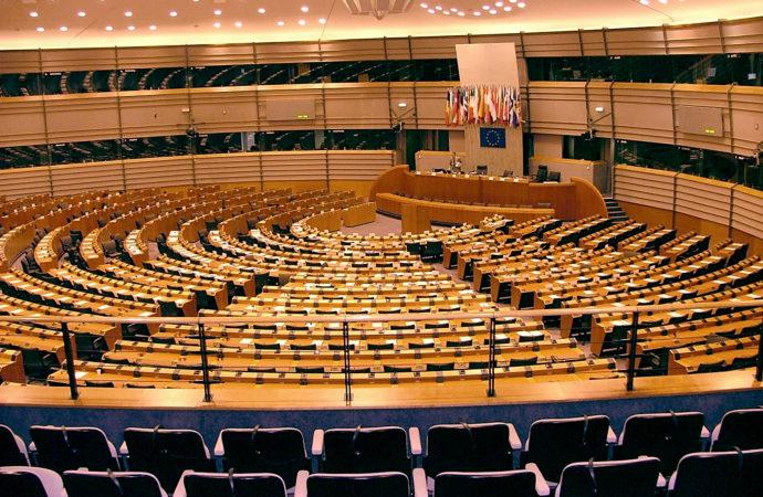 2007_07_16_parlament_europejski_bruksela_42-690x450 Presto il Summit europeo sull'istruzione