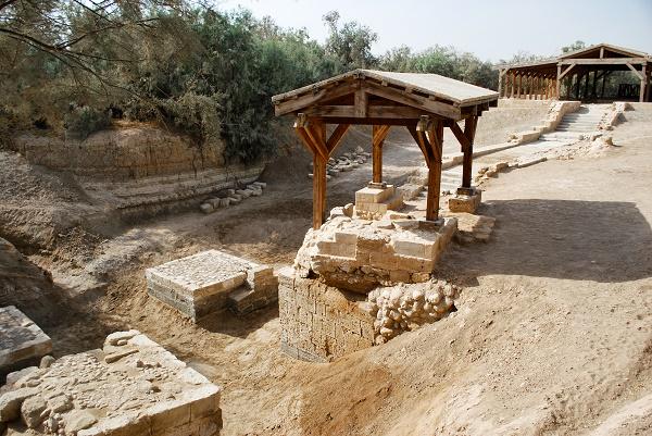 Il-luogo-del-battesimo-di-Gesù Vivere sotto le bombe