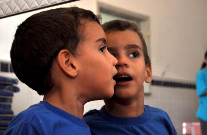 autismo-bambino-690x450 A Milano a scuola con l'Asperger