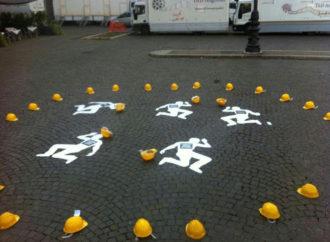 construction-worker-569126_960_720-330x242 Morti bianche: i dati allarmanti