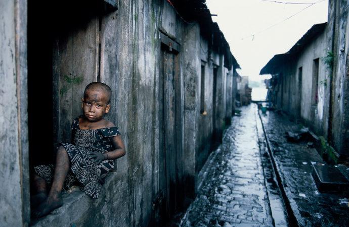 poverta-africa-690x450 Europa: apolidia infantile in aumento