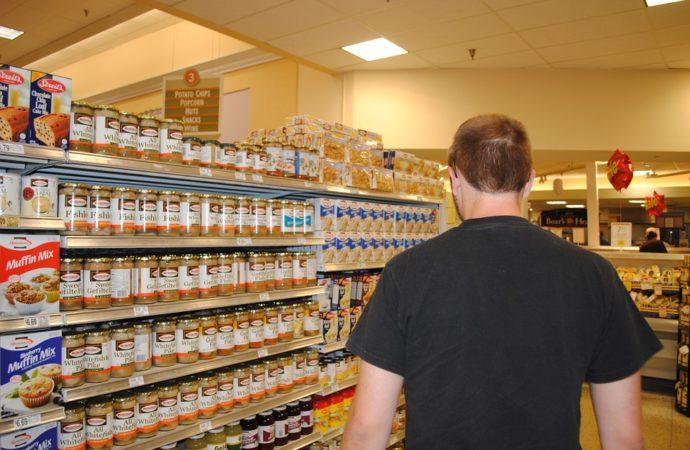 supermercato-690x450 Torino, cibo invenduto a famiglie bisognose