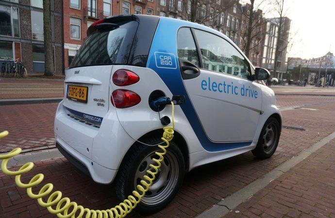 carsharing-690x450 Mobilità sostenibile in Emilia