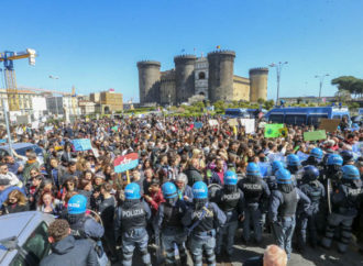 0AFridays-for-future-Napol08-330x242 Let's Do It! Italy al Fridays for future Napoli