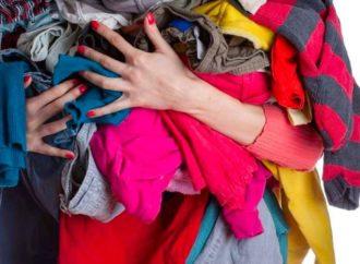 Bologna, Humana preoccupata abiti usati