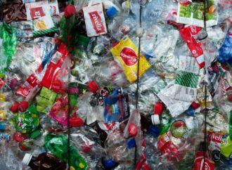 Val d'Aosta bandisce la plastica monouso