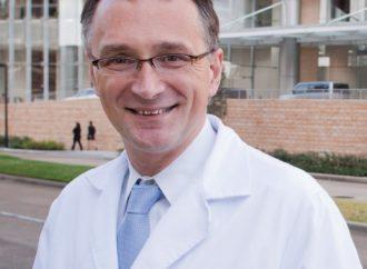 """Dottore-330x242 Tour di prevenzione """"Al cuore del diabete"""""""