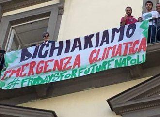 A Napoli delibera Emergenza clima