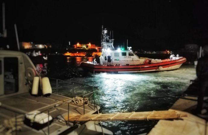 mediterranea-lampedusa-690x450 Sbarco nella notte a Lampedusa