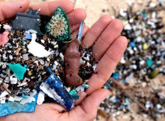 Le microplastiche nei mari