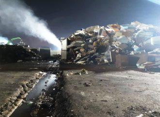 Bomba ambientale a Napoli est