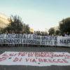 Rifiuti Napoli, protesta al Comune