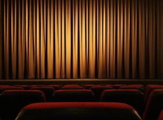 Cinema e teatri potrebbero riaprire il 27 marzo