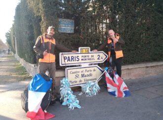 Da Marsiglia a Parigi per raccogliere mascherine