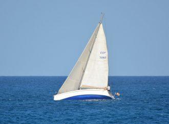 Barca a vela e surf per includere la disabilità